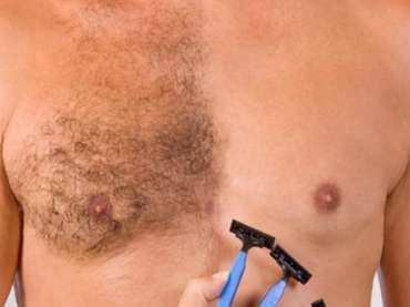 Rasurar la piel antes de la depilación láser de diodo